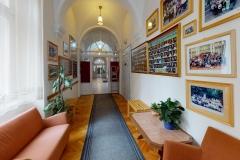 Leowey-Gimnazium-Pecs-Living-Room6